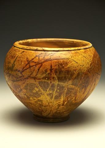 golden straw vase