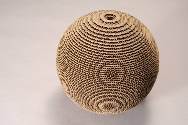 CORRUGATED SPHERE