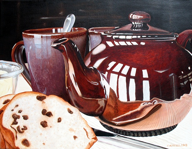 tea, raisin bread, tea pot