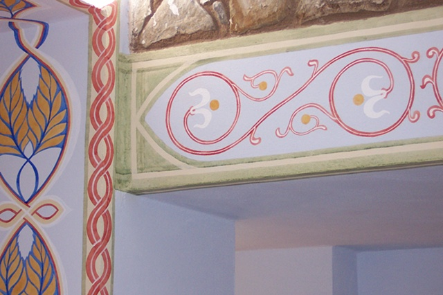Frassinoro Castle (Castello di Frassinoro), detail of Frassinoro Golden Ash Leaves motif and Matilde's Lily motif