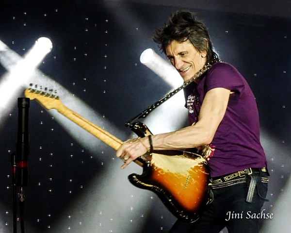 Ronnie Wood, Rolling Stones, Faces, Rock and Roll, No Filter, Europe, France