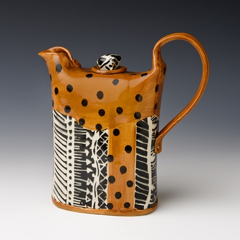 TB brown and black wrapped series teapot