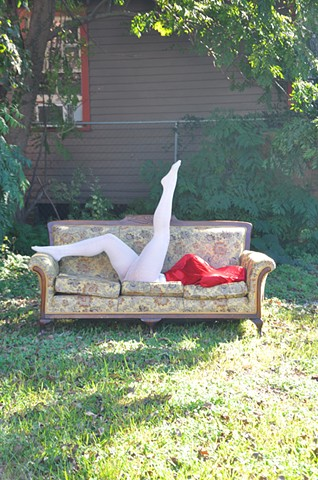 body sculpture live performance in New Orleans by Robyn LeRoy-Evans