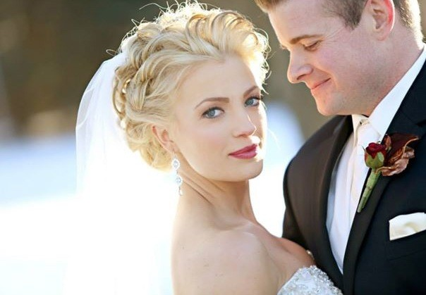 Wedding airbrush makeup by Tanya Deemer, a Los Angeles based freelance makeup artist working in Torrance, Redondo Beach, Hermosa Beach, Manhattan Beach, El Segundo, Long Beach, Huntington Beach, Catalina, Palos Verdes, California Destination Weddings, Cal