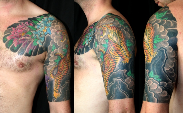 Tiger and peonys- halfsleeve chestplate