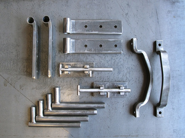 Industrial gate hardware