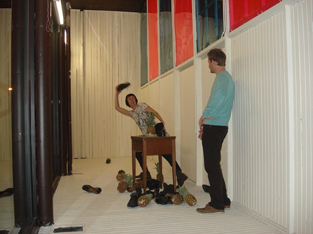 Pineapples, shoes, shoe throwing protests, collonialism, installation, Elcin Marasli