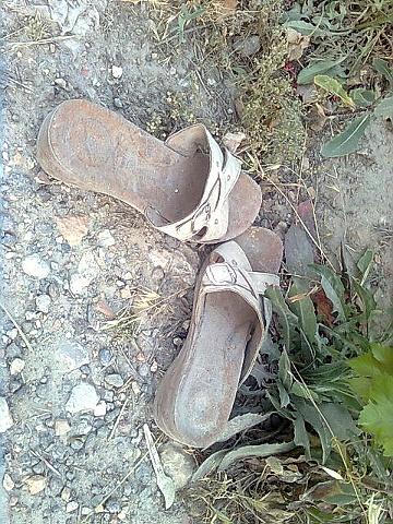 Shoe throwing incidents in contemporary art by Elcin Marasli