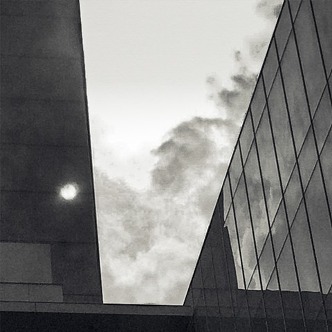 Photograph of MoMa, New York, Manhattan, with an emphasis on the sun, by Judith Ebenstein