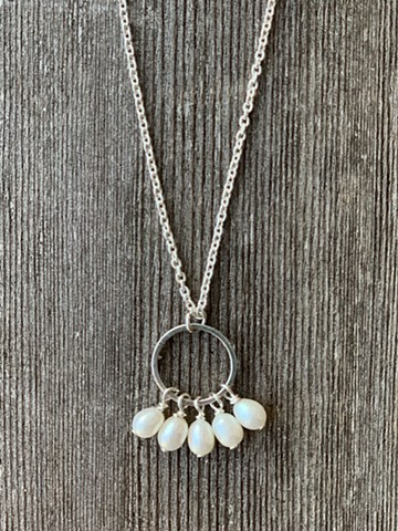fresh water pearl and sterling circle on chain necklace