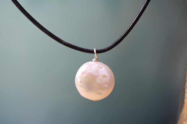 fresh water pearl circle charm on leather cord