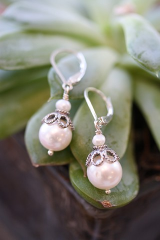 fresh water pearl and silver earrings