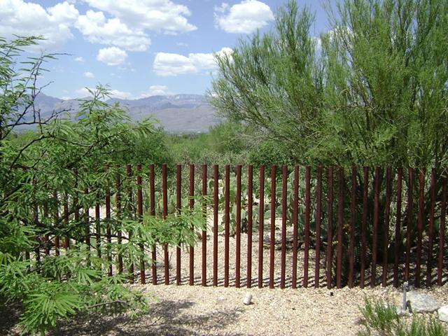 Len's Fence
