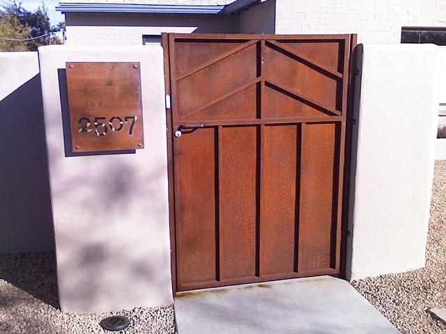Minimal Gate