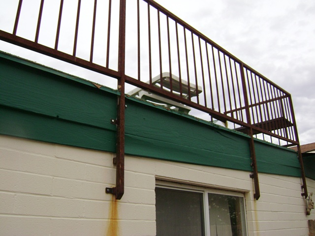 Kevin's Railing supports