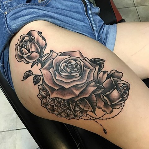 Rose, roses, rose tattoo, roses tattoo, mandala, mandala tattoo, rose with mandala, black and grey tattoo, tattoo shop, tattooing, thigh tattoos, Kissimmee tattoo