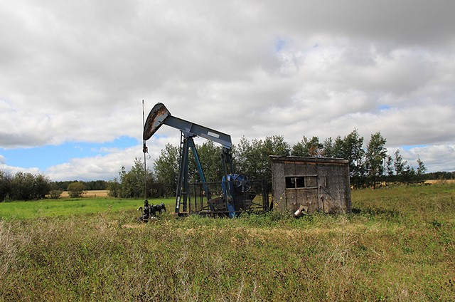 Orphan Well Portrait 06-20-48-02 W5 (Warburg, AB)