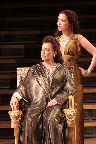 ANTONY AND CLEOPATRA Shakespeare Theatre Company/ Jennifer Moeller, costume designer photo by Carol Pratt