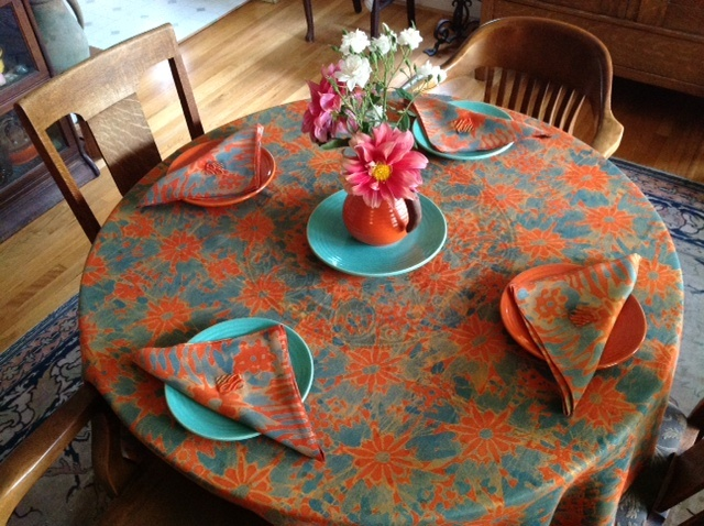 Tablecloth with Matching Napkins (Linen)
