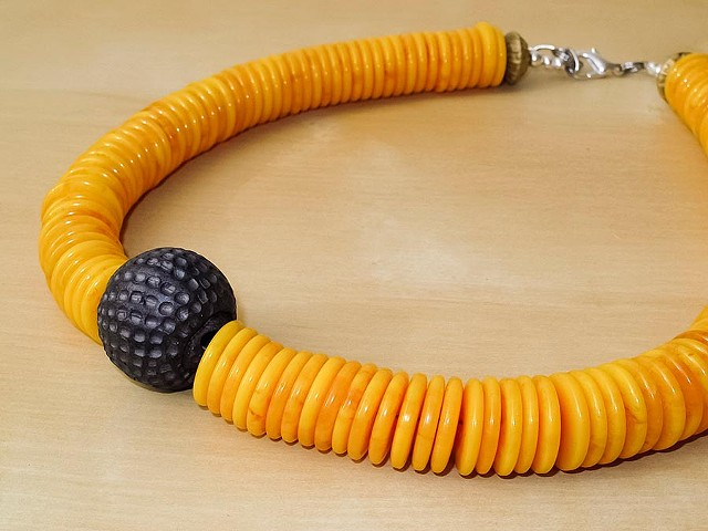 Yellow/Orange Resin Disc Beads with Black Focal Bead Necklace