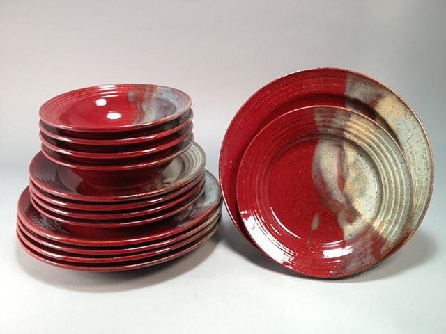 Dinnerware set, with rim