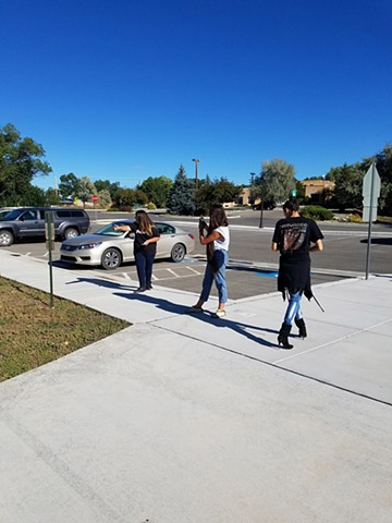 Students using ROAM during Paseo Taos 2016