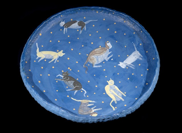 Blue bowl with cats