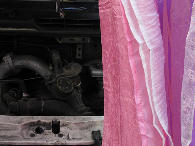 Engine and Curtain, Italy