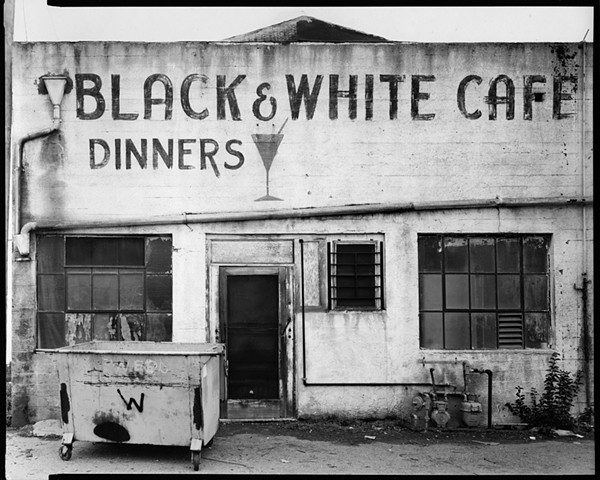 Black and White Cafe, 1985