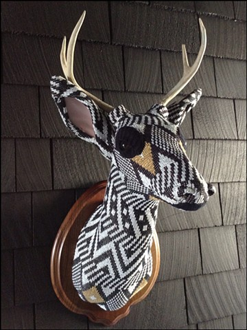 Sweater faux deer stag antler taxidermy 80's sparkle glitter geometric diane von furstenburg