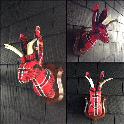 Sweater faux taxidermy jackalope 80's red plaid tartan