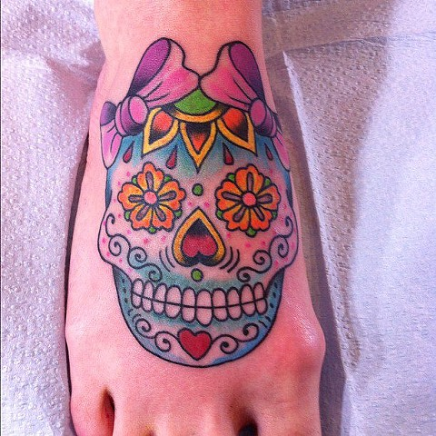 Sugar Skull on foot