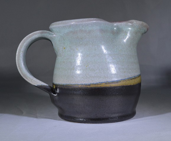 BLUE BLACK AND YELLOW CREAMER