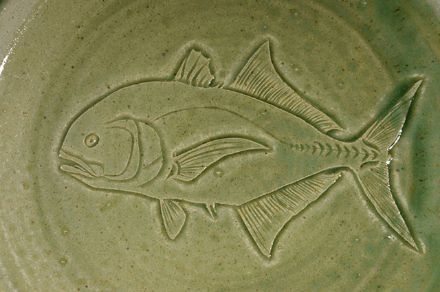 Hand Carved Jack Crevalle Fish Plate (b)