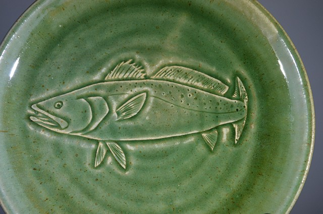 Hand Carved Speckled Trout Fish Plate (b)