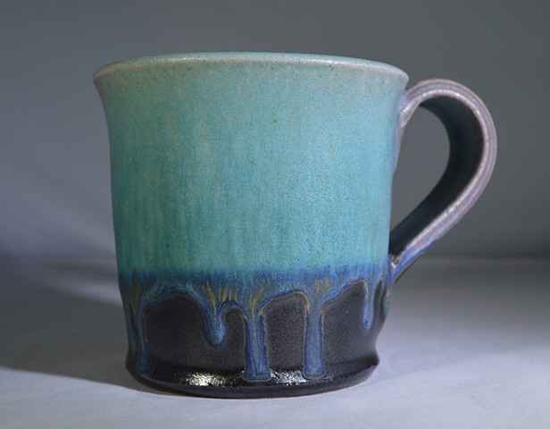 TURQUOISE BLACK AND RED MUG