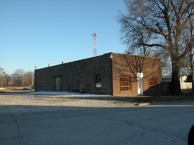 Central Illinois residence before garden design
