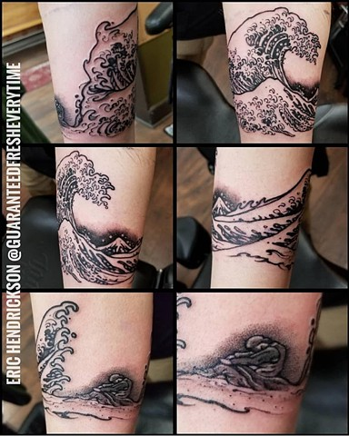 Great Wave and Howard Pyle Painting Armband Tattoo