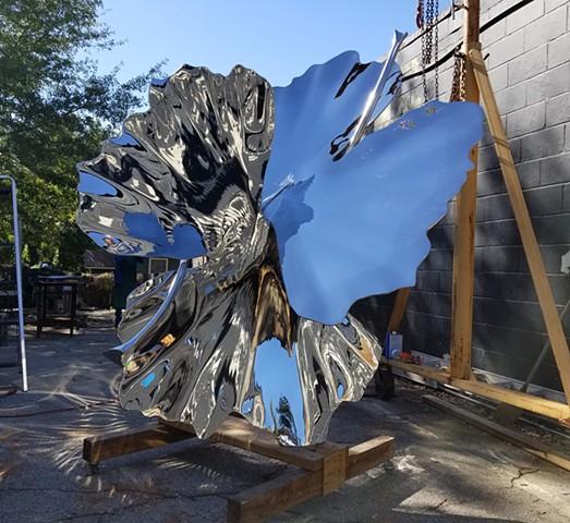 Ginkgo Leaves Sculpture