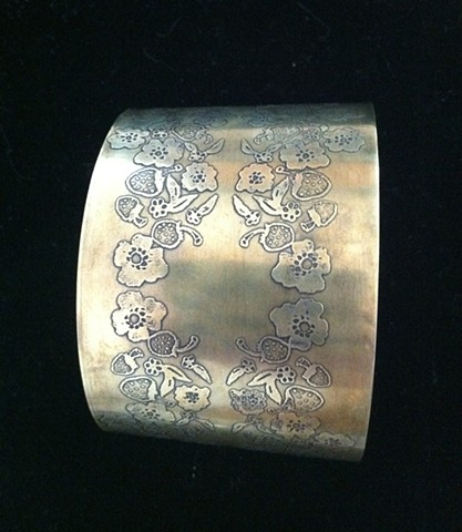 Etched Strawberry design Nu-gold cuff