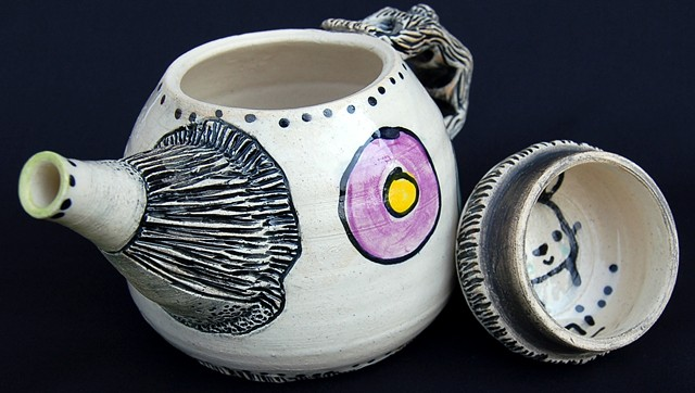 clay, ceramics, cup, teapot, lid, secret, wheel thrown, creatures, hand made, hand carved, hand drawn