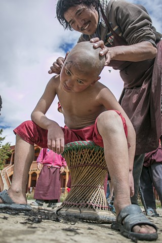 Head Shaving in Lo Mantang