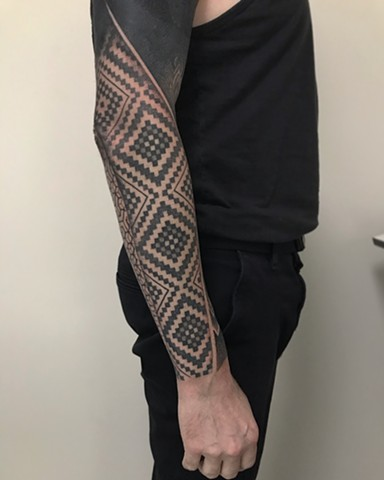 Black work patterns and geometric mandala by Alvaro Flores Tattooer from La Flor Sagrada Tattoo in Melbourne Australia