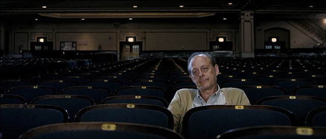 Saul at the theater