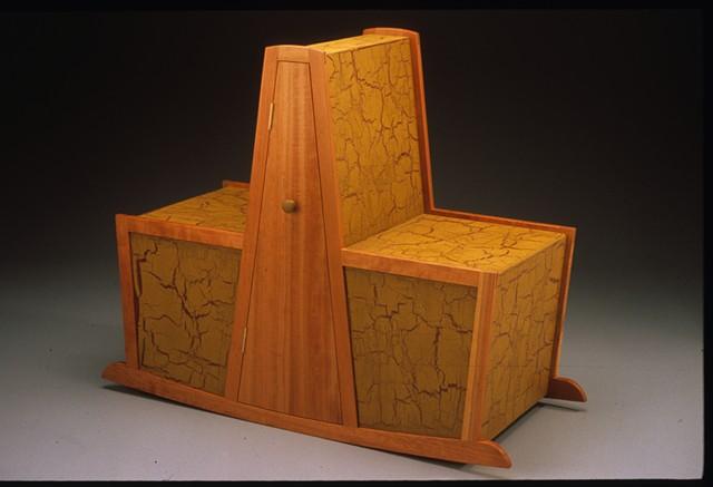 rocking shaker cabinet