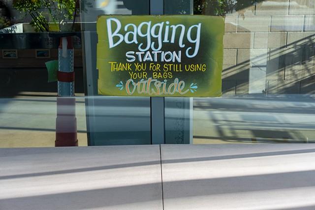Bagging Station