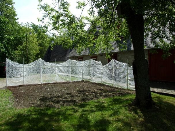 hot glue lace for the International Biennial of Linen/Flax in Déschambault, Quebec