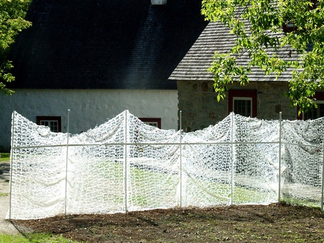 hot glue lace for the International Biennial of Linen/Flax in Déschambault, Quebec