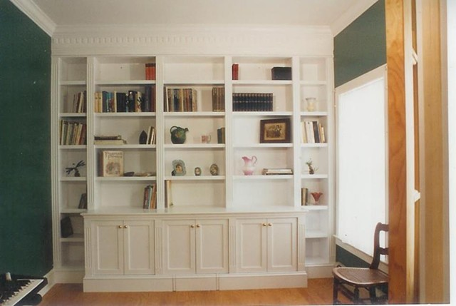 Bookcase, Classic lines