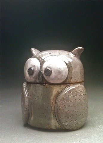 Owl lidded jar